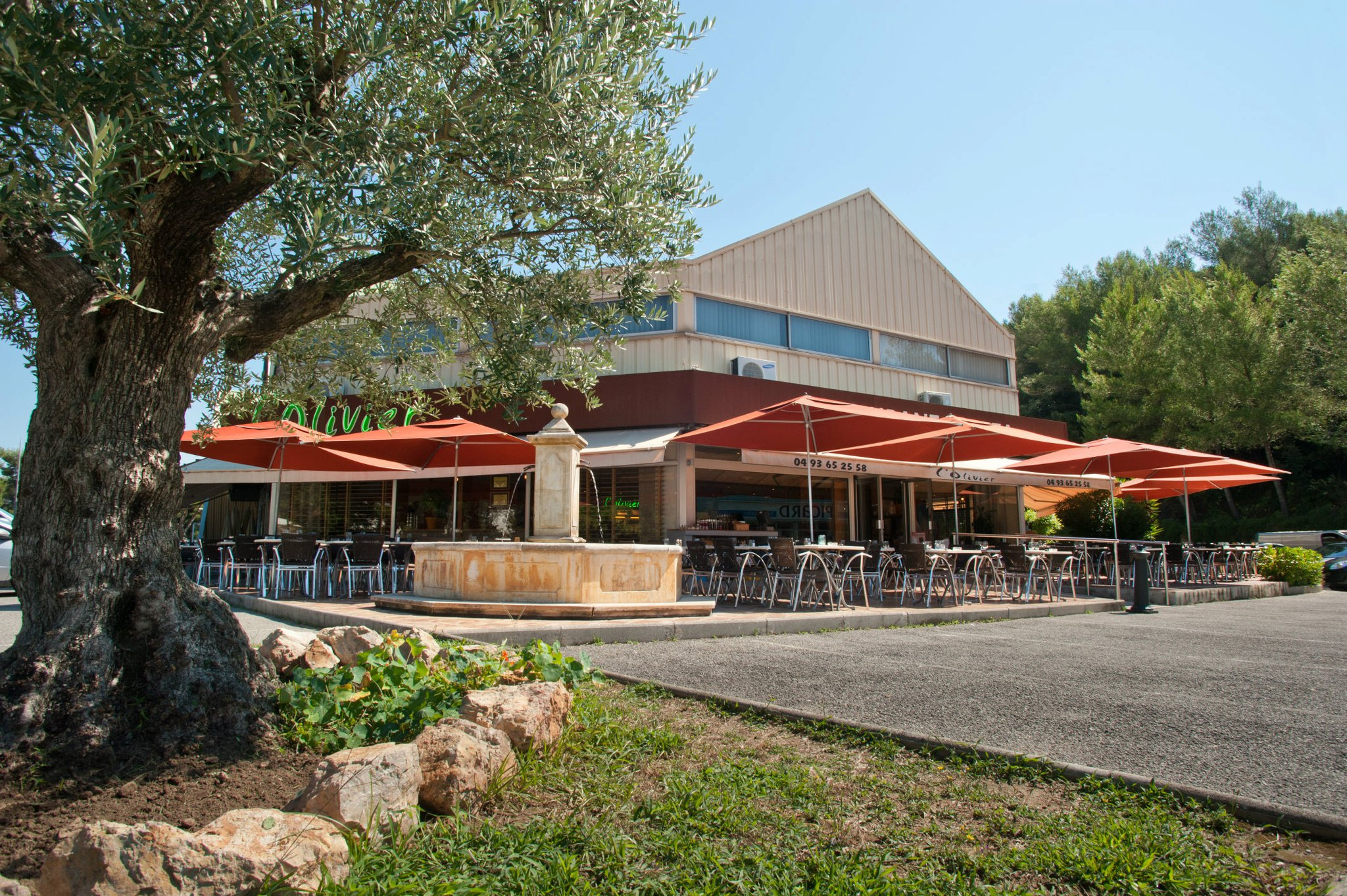 Réservez En Ligne : L'olivier Restaurant à VALLAURIS (06220